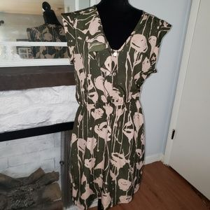 Eight Sixty green and beige  sleeveless dress Sz L